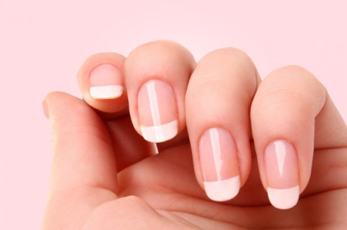 manicure w stylu japońskim