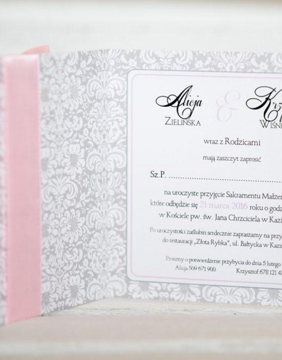 wnętrze rustykalnego zaproszenia na ślub